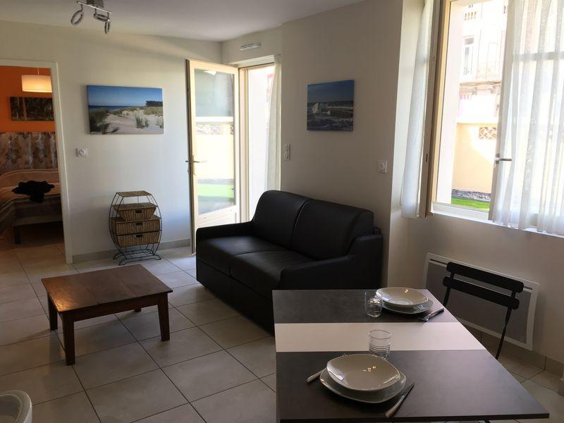 appartement t2 louer pour cure thermale dax centre ville le clos. Black Bedroom Furniture Sets. Home Design Ideas